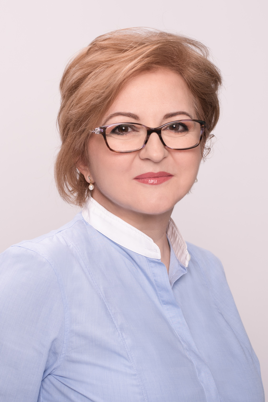 anuta-stan-portrait